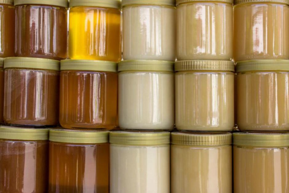 Czy kupujemy miód dobrej jakości? Inspekcja Handlowa ma zastrzeżenia