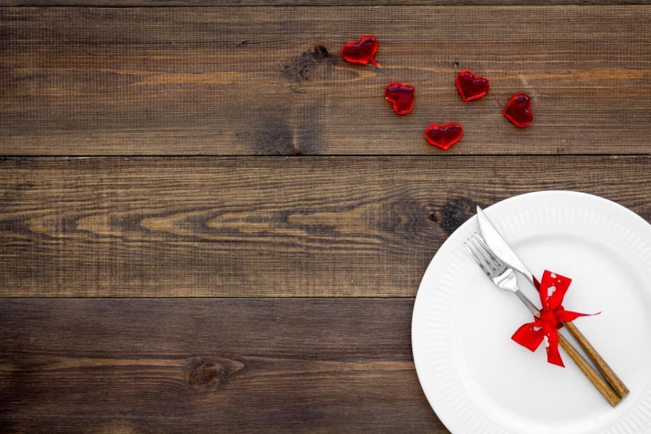 Walentynki: na święto zakochanych Polacy są skłonni wydać średnio około 200 zł