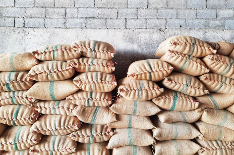 Associated British Foods przejmuje upadłego producenta pasz i przenosi produkcję do Polski
