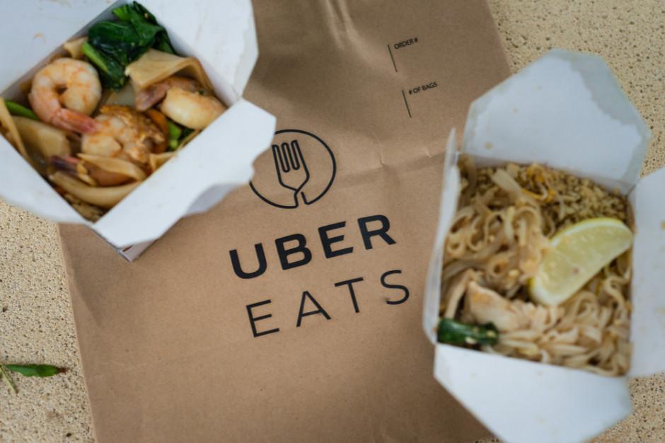 Uber Eats: Warszawa kocha Pad Thaia, a Kraków wegańskie burgery