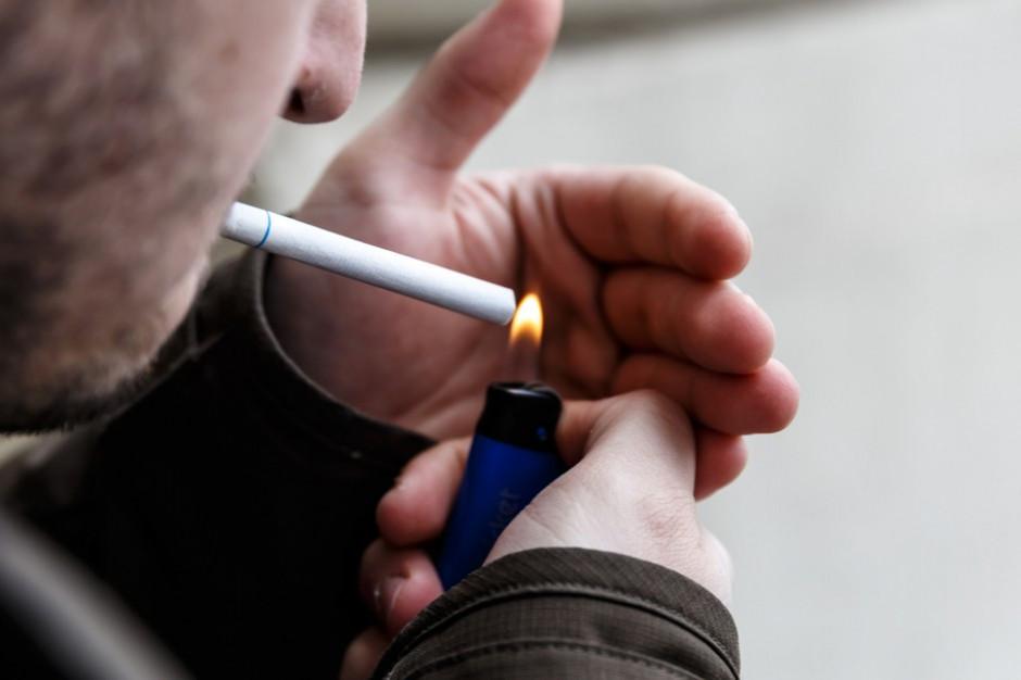 Palenie papierosów osłabia wzrok