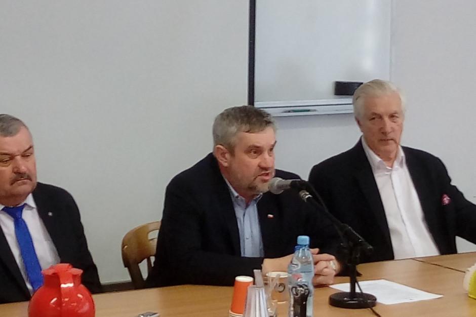 Minister rolnictwa do mleczarzy: Konkurowanie za granicą jest głupotą