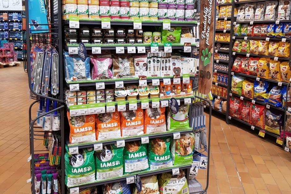 Carrefour wprowadza produkty ekologiczne i wegańskie dla zwierząt