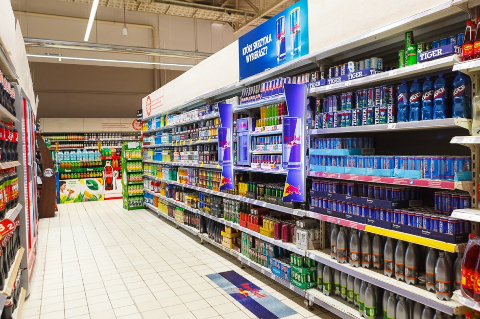W Carrefourze niestandardowa komunikacja marki Red Bull