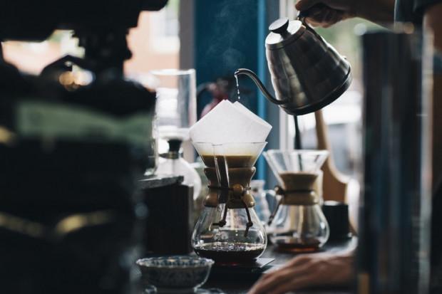 Badanie: 75 proc. polskich konsumentów preferuje kawę mieloną