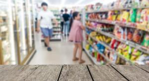 W małych sklepach w lutym nastapił wzrost sprzedaży i transakcji rdr.