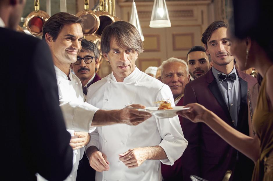 Federer i Oldani przygotowują spaghetti w nowej kampanii marki Barilla