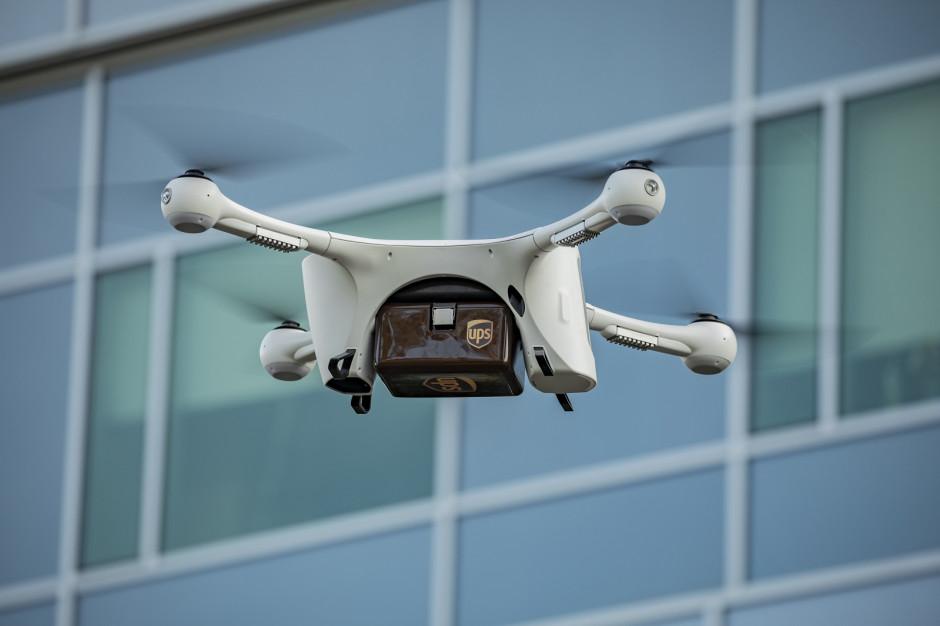 UPS wykorzystuje drony do transportu
