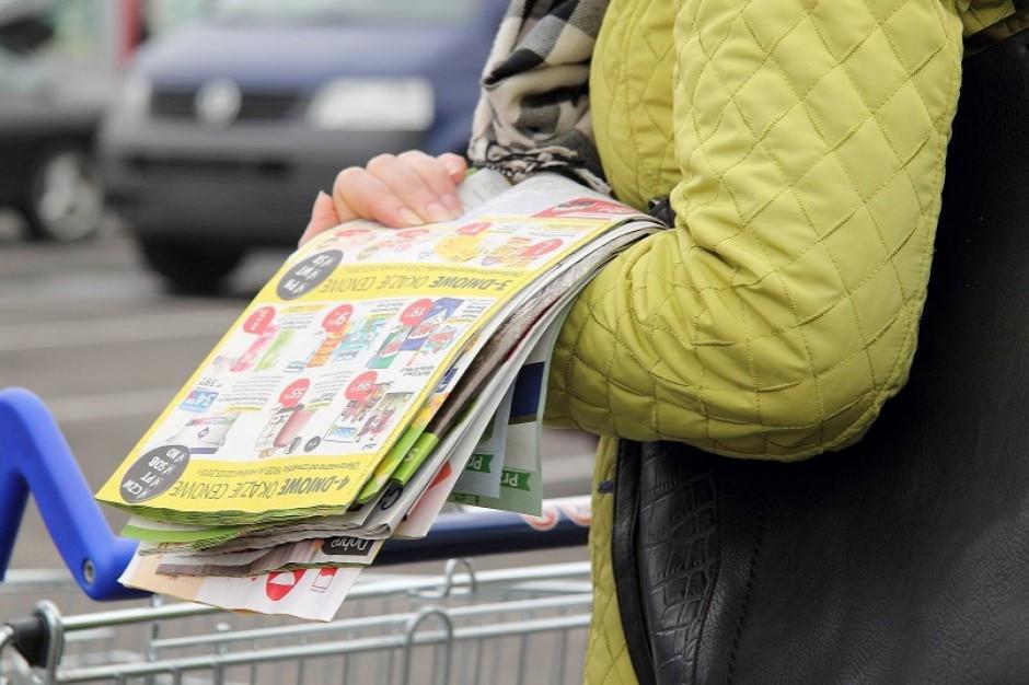 Sklepy wydają dużo więcej gazetek niż rok wcześniej. To przez zakaz handlu w niedziele