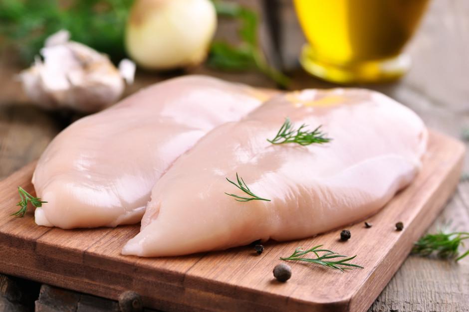 Ukraina w ogniu krytyki za zwiększenie eksportu mięsa z kurczaków do UE