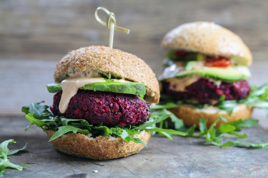 Wegetarianie przeciwko zakazowi używania nazw odnoszących się do mięsa w produktach roślinnych