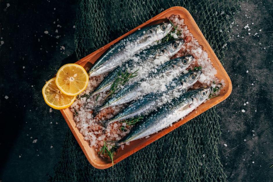 Dlaczego Polacy nie jedzą tak często ryb?