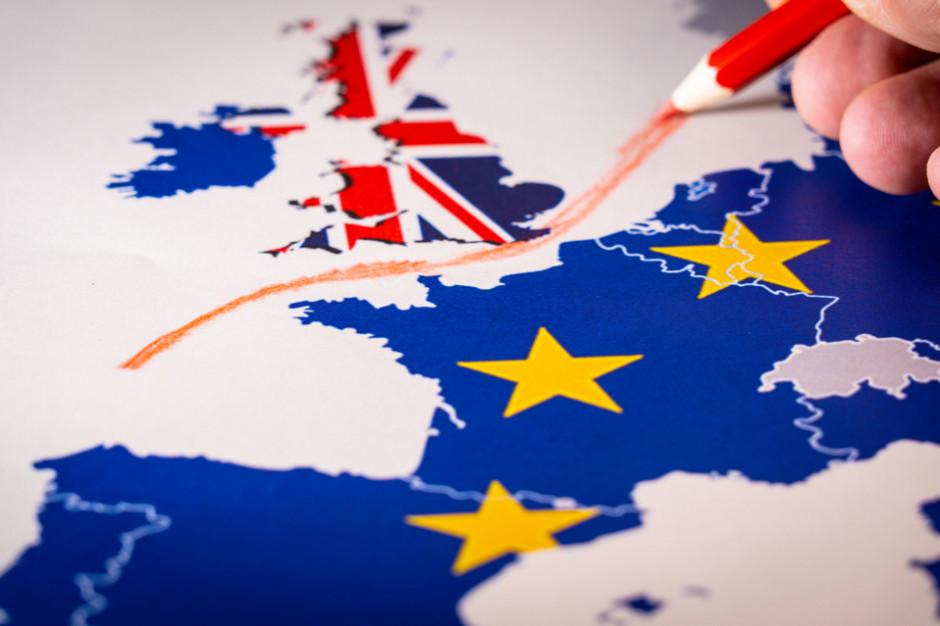 KE ostrzega przed konsekwencjami brexitu dla transportu, leków i żywności