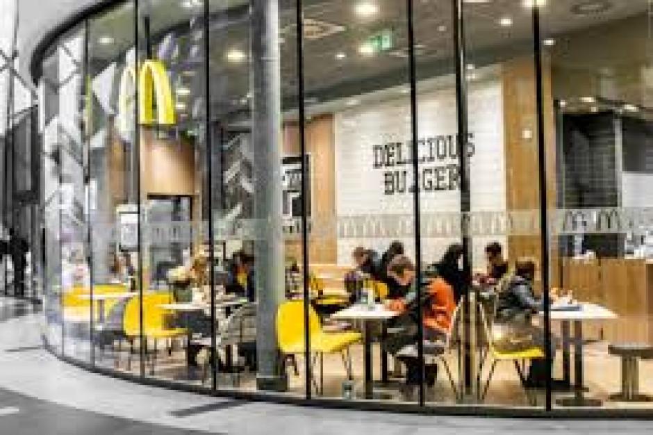 McDonald's wdraża własny program dobrostanu kurcząt
