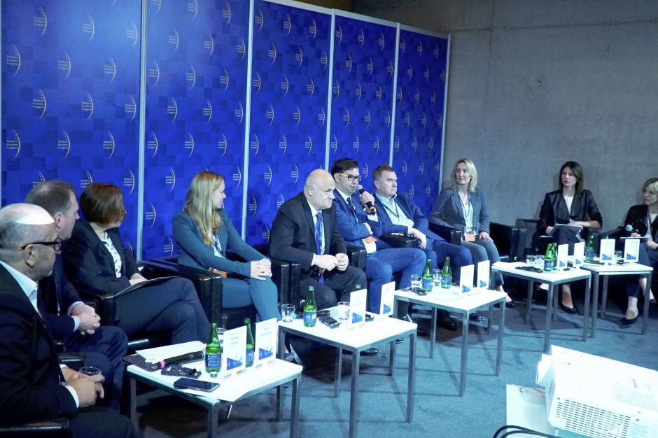Ekonomiczny poniedziałek: Szefowie firm spożywczych na Europejskim Kongresie Gospodarczym (wideo)