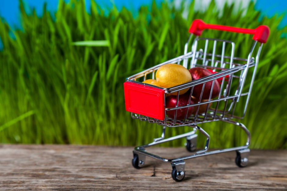 Eksperci: Święta wielkanocne są okazją do kupowania droższej żywności