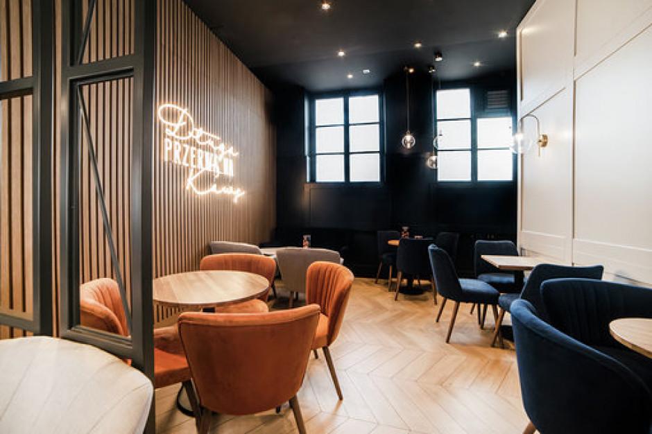Nowy design w kawiarniach Costa Coffee
