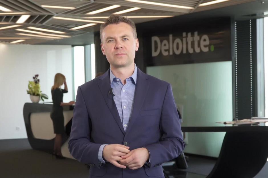 Deloitte: Kończy się era osobnych zakupów stacjonarnych i online (wideo)