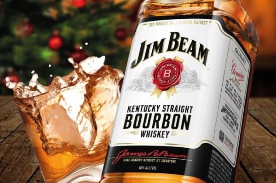 Wódka i whisky są najczęściej promowane na pierwszych stronach gazetek alkoholowych