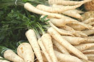 Cena pietruszki zbliża się do ceny szparagów