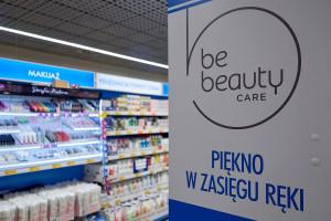 17ba99d425b3e7 Zdjęcie numer 5 - galeria: Biedronka otwiera nowoczesny sklep w  warszawskiej Galerii Młociny (zdjęcia