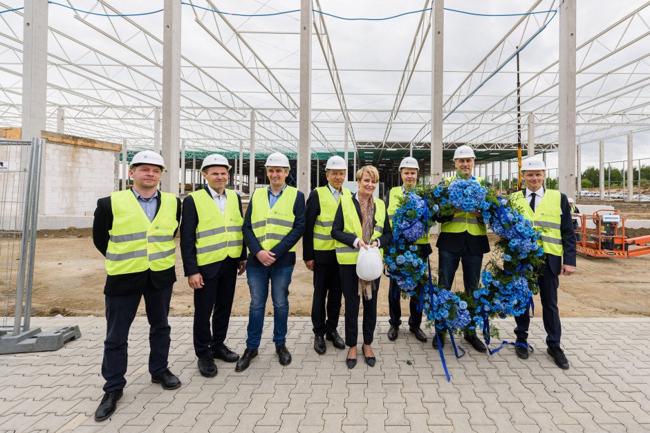 Nad nowym Centrum Logistycznym Hillwood Łódź Górna zawisła wiecha