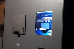 Zdjęcie numer 2 - galeria: Coca-Cola w ramach kampanii przekaże mieszkańcom Warszawy 10 automatów do oddawania opakowań