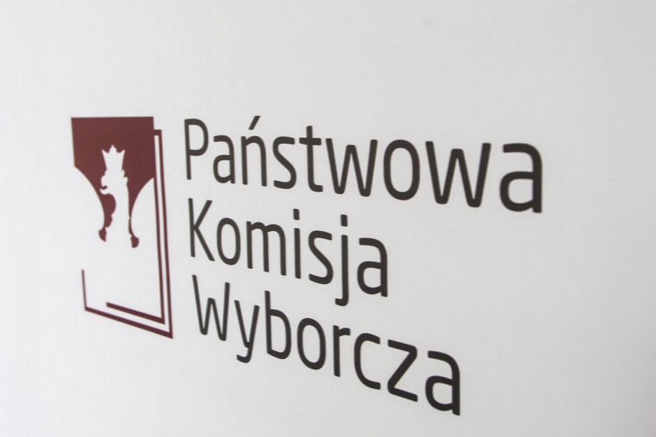 PKW: wyniki głosowania z 99,25 obwodowych komisji wyborczych - PiS 45,57 proc., KE 38,29 proc.