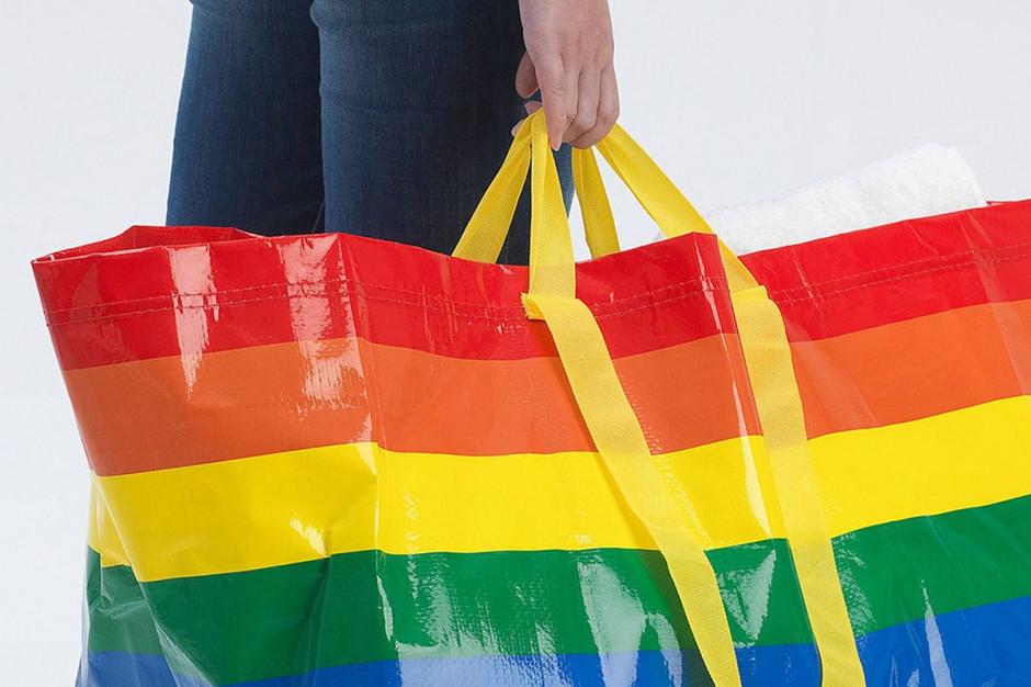 IKEA: Kolorowe torby na znak poparcia dla środowisk LGBT+