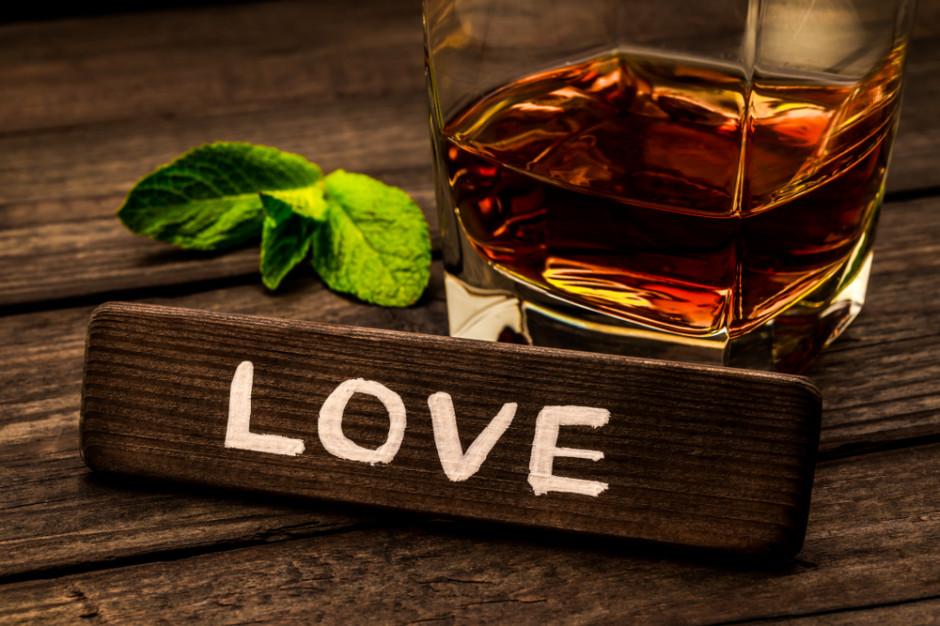 Casualowy piątek: miłość do whisky rozkwita