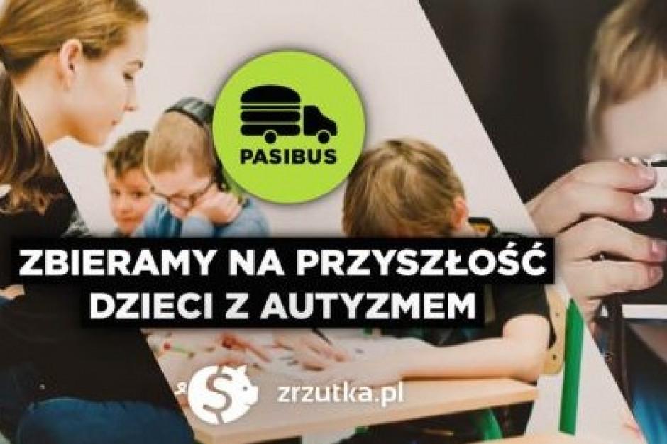 Pasibus organizuje zbiórkę na szkołę fotograficzną dla dzieci z autyzmem