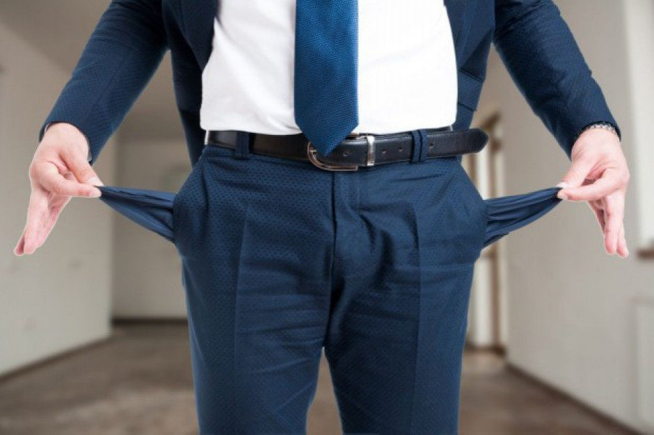 BIG InfoMonitor: Od czerwca zaczyna przybywać osób skarżących się na brak pieniędzy