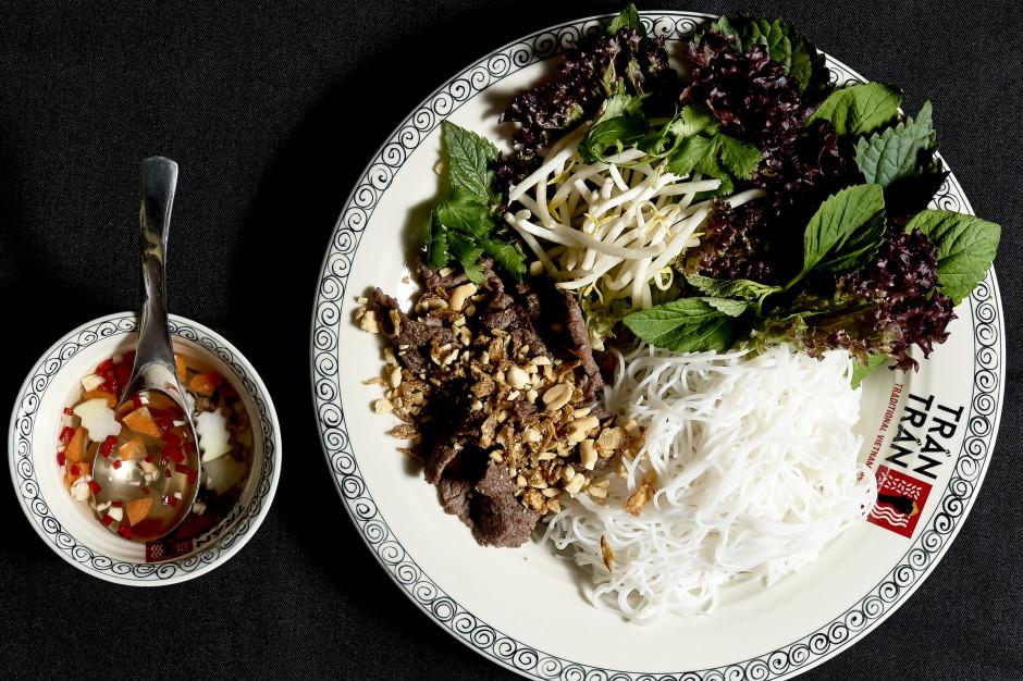 5 najpopularniejszych azjatyckich potraw, które najchętniej zamawiają Polacy