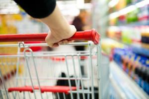 Papryka i ziemniaki ciągną w górę ceny w supermarketach