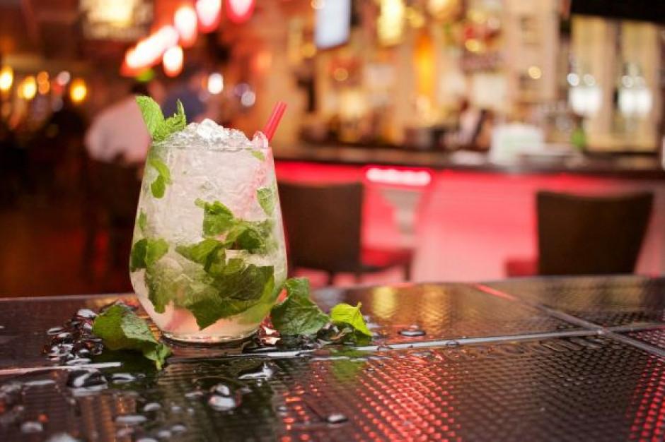 Czy whisky i rumy można pić w lato?