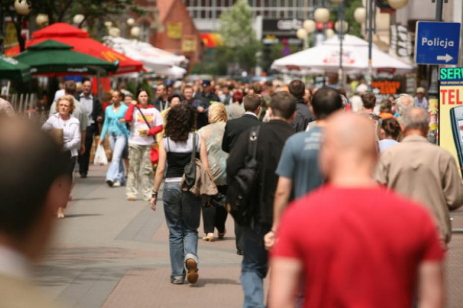 Szacowana stopa bezrobocia rejestrowanego w czerwcu br. wyniosła 5,3 proc.