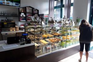 Zdjęcie numer 3 - galeria: Casualowy piątek: O tym jak zamienić doświadczenia z CBA i ABW na cukiernię (zdjęcia)