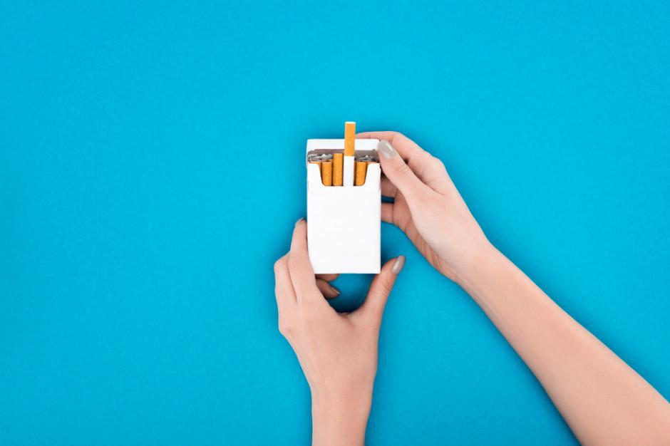 Włoch chce 100 mln euro odszkodowania za zdjęcie umierającej żony na paczce papierosów