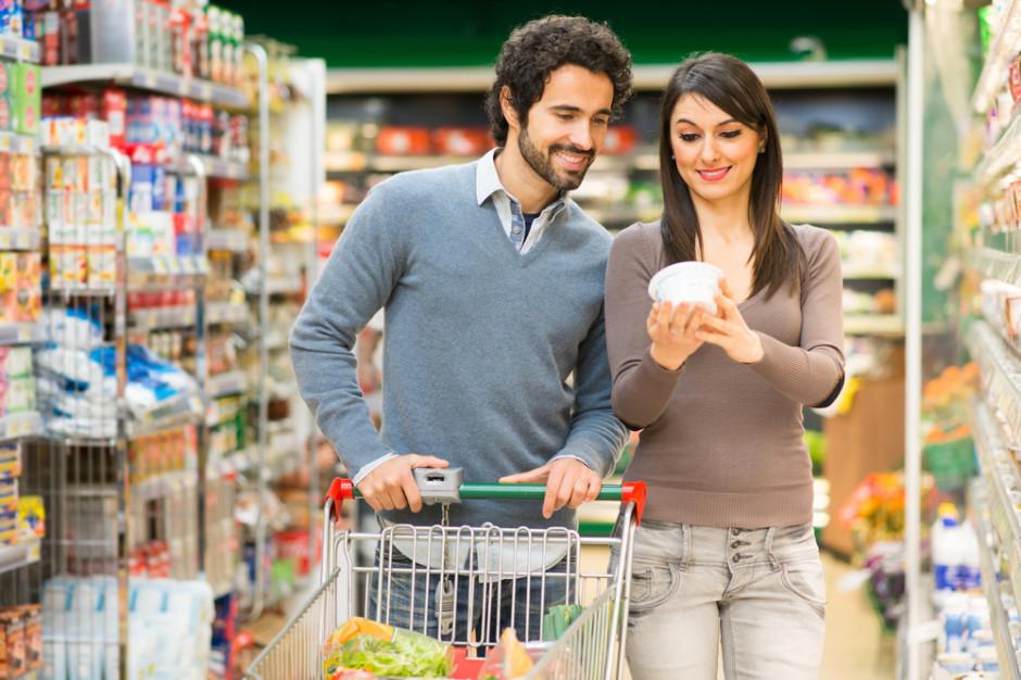 Polak na zakupach: Do jakich sklepów chodzi, jak często, ile wydaje pieniędzy?