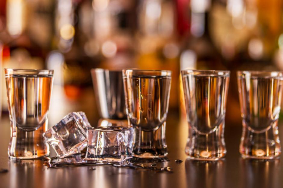 Produkcja wódki systematycznie rośnie w tym roku, w I półr. wzrosła o niemal 12 proc.