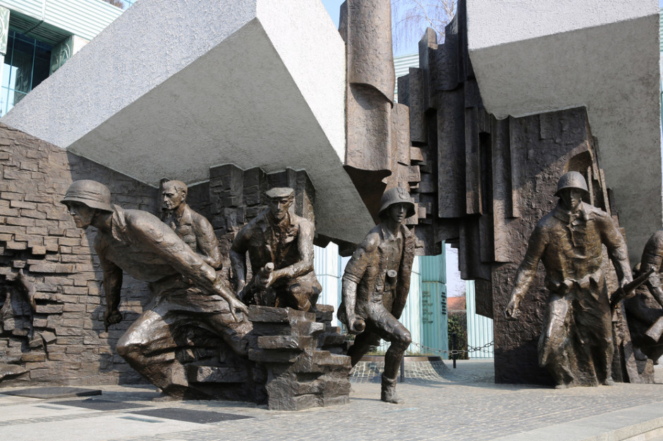 75 lat temu wybuchło Powstanie Warszawskie - największa akcja zbrojna podziemia w okupowanej przez Niemców Europie