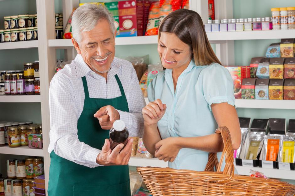 Likwidacji sklepów jest mniej. Przybywa warzywniaków i piekarni