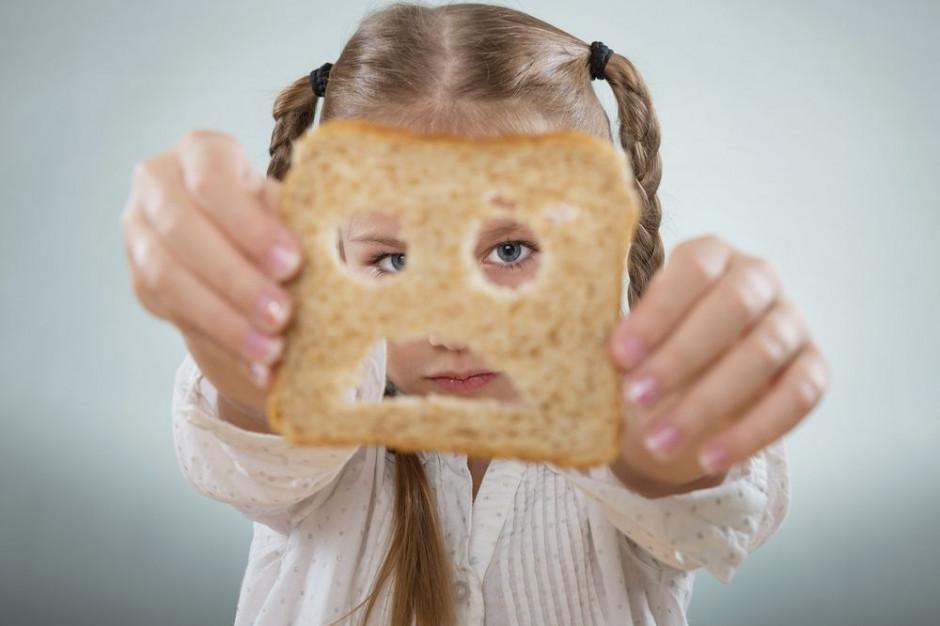 Naukowcy potwierdzili związek pomiędzy ryzykiem celiakii a spożyciem glutenu przez małe dzieci