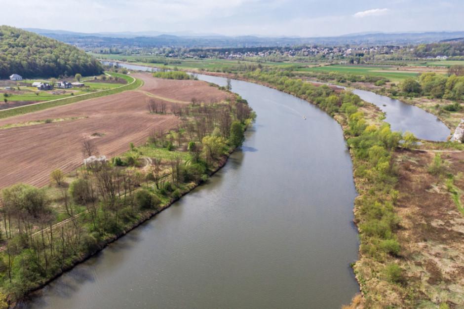 Ruszają prace związane z odtworzeniem szlaków wędrówek ryb w Wiśle