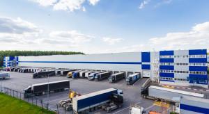 Ekonomiczny poniedziałek: Branża logistyczna mierzy się z brakami kadrowymi