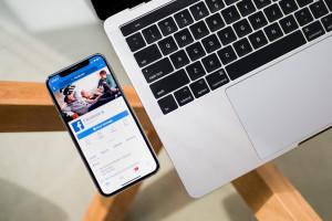 Facebook otwiera własne kawiarnie