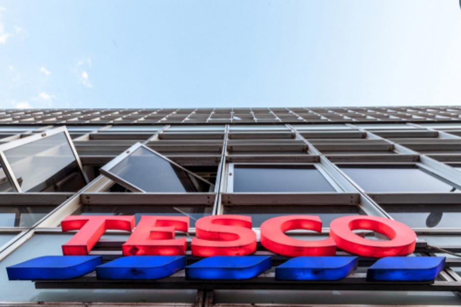 Tesco: Zwalniani pracownicy dostaną dodatkowo jedną pensję