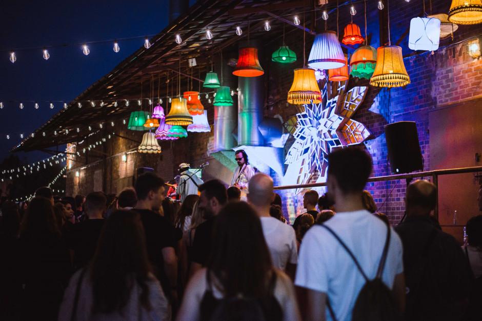 Wrzesień pełen atrakcji na Nocnym Targu Tęczowa