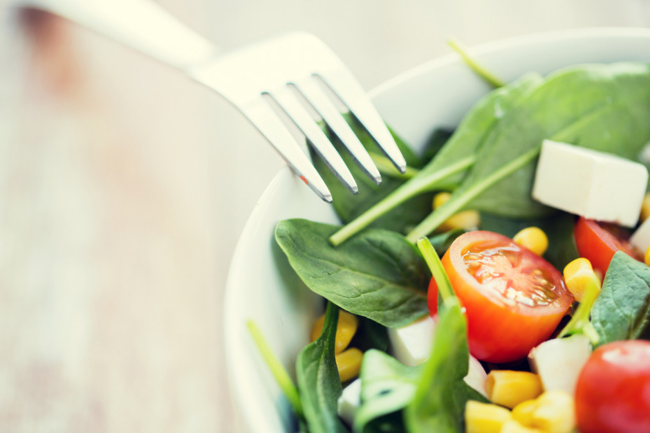 80 proc. Polaków jest przekonanych, że odżywia się zdrowo lub bardzo zdrowo