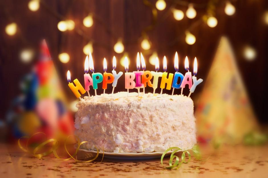 Polacy chętnie świętują urodziny, ale niekoniecznie w restauracjach. Wydają na ten cel ponad 200 zł (badanie)